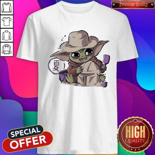 Premium Baby Yoda Hug Boba Fett Shirt