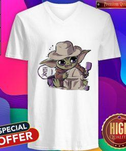 Premium Baby Yoda Hug Boba Fett V-neck