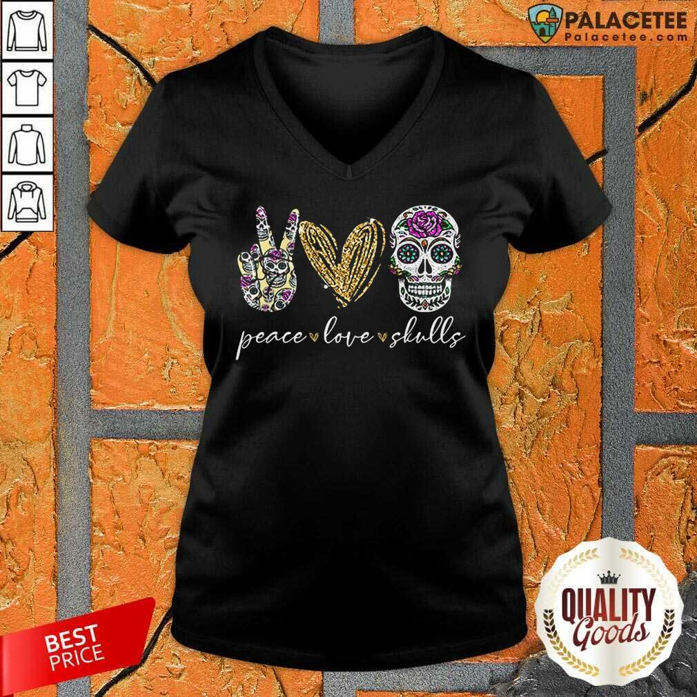 Excellent Peace Love And Skulls Diamond V-Neck